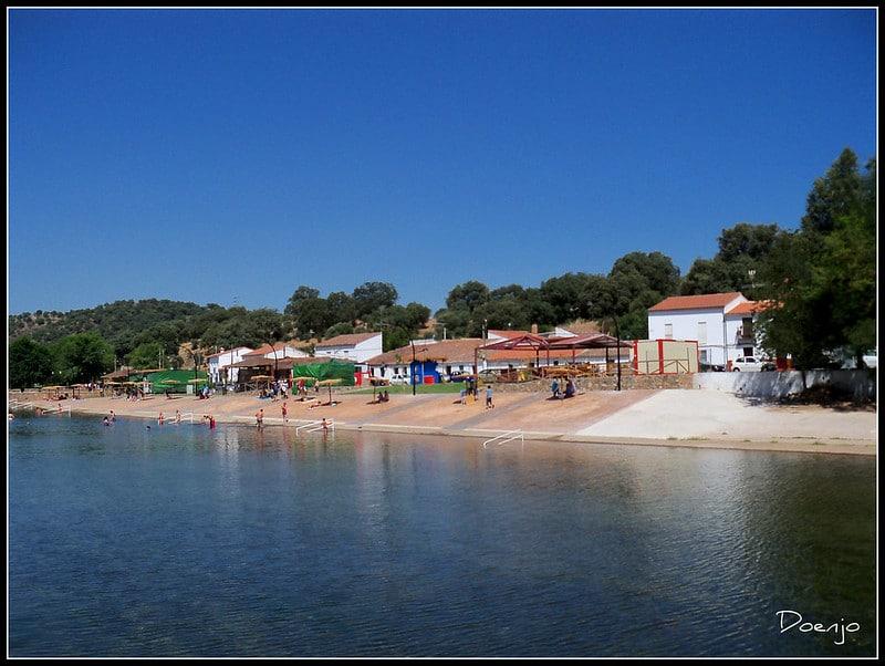 Playa artificial San Nicolás del Puerto
